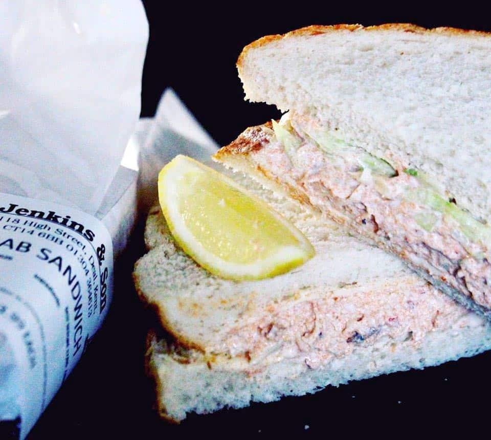 image-of-crab-sandwich